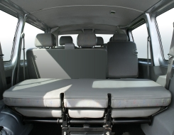 Volkswagen 9-Personenbus interieur achter